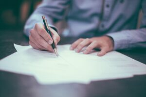 How to Write a Good Application Letter & Land Your Dream Job